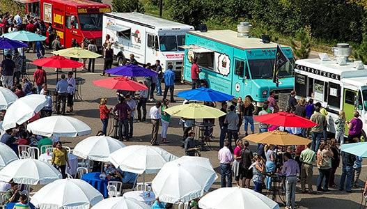 Outdoor Events Reconnect Teams foodtrucks